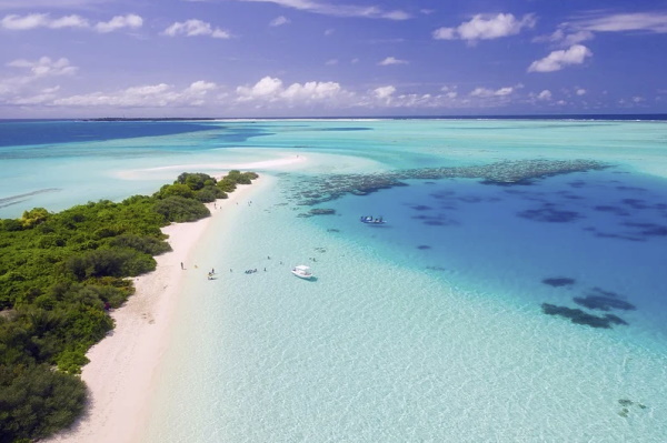 Image of the birds eye view showing the beaches of the exotic Maldives islands