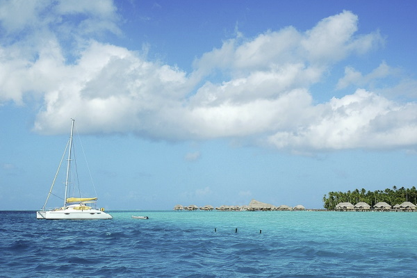 Image of the blue ocean water in Taha'a French Polynesia